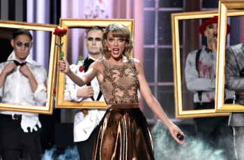 Image credit: http://tvbythenumbers.zap2it.com/wp-content/uploads/2014/11/Taylor-swift-ama14-350x229.jpg